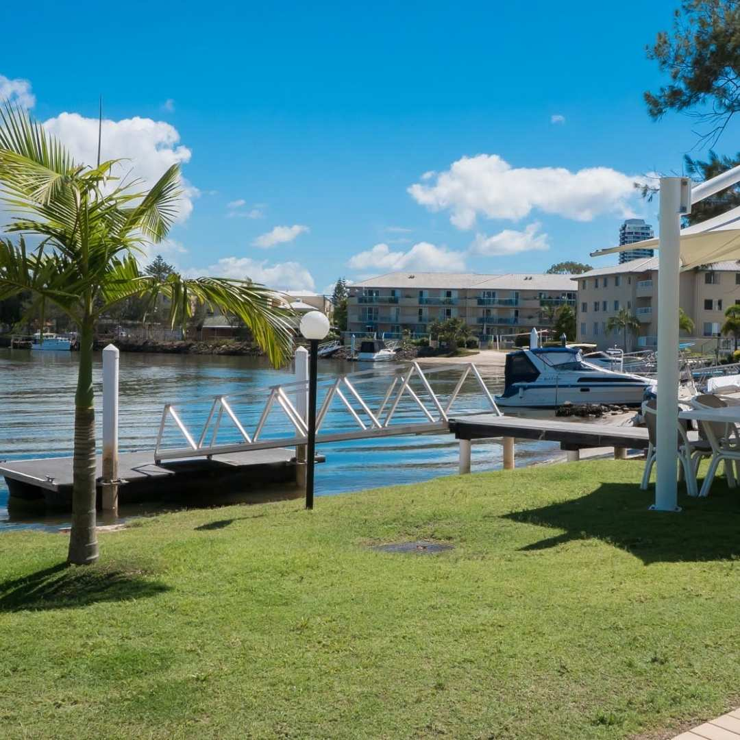 pelican cove waterfront location